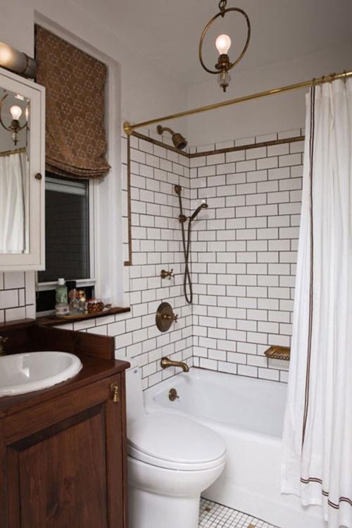 Стилизация окна комнате ванной