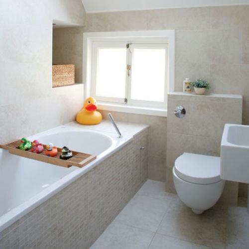 Совмещены ванна и туалет