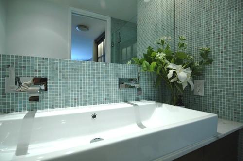 сдвоенные умывальники для ванной