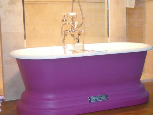 чугунная ванна на фото