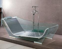 красивая стеклянная ванна