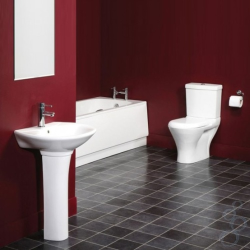 Красный и черный цвета в отделке интерьера ванной